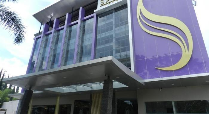 Salis Hotel  Setiabudi - Tampilan Luar Hotel