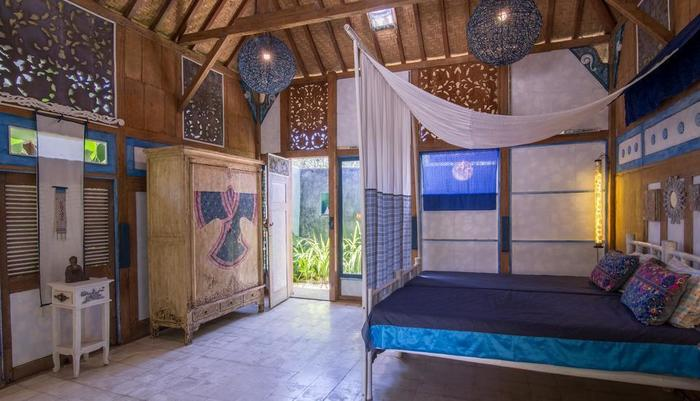 Hati Padi Cottages Bali - Blue bed room