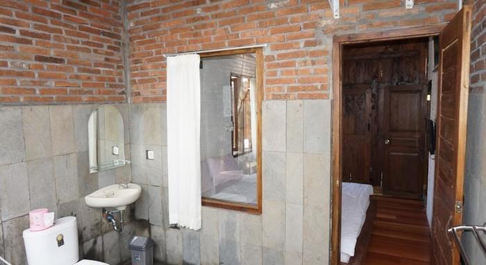 Cempaka Guest House Borobudur - Kamar mandi
