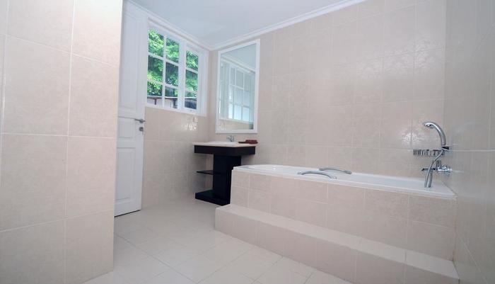 Sofyan Inn Srigunting - Hotel Halal Bogor - Kamar mandi
