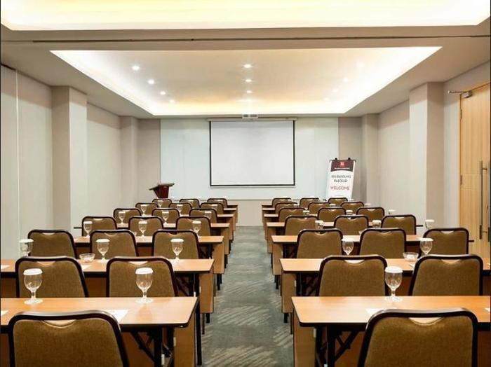 Ibis Bandung Pasteur - Meeting Facility