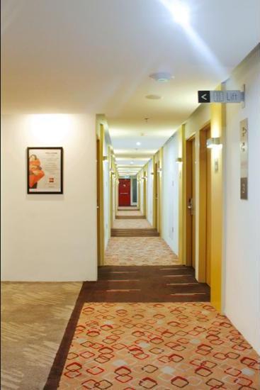 Ibis Bandung Pasteur - Hallway