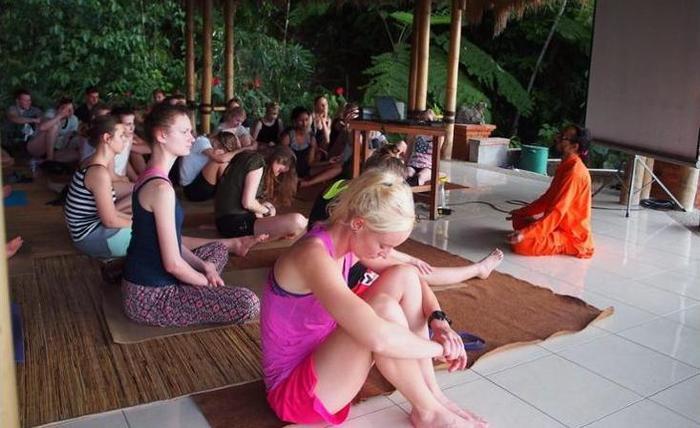 Puri Lumbung Cottages Bali - Yoga