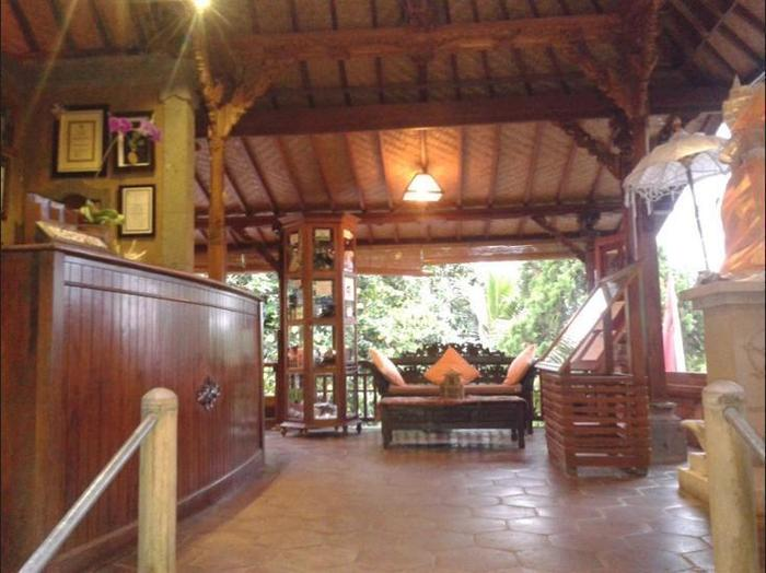 Puri Lumbung Cottages Bali - Lobby Sitting Area