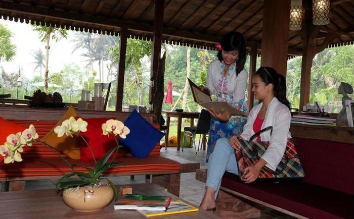Amata Borobudur Resort Magelang - Outdoor Dining