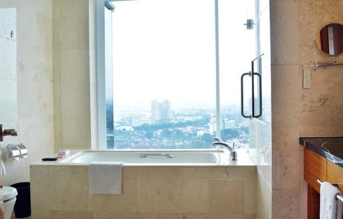 JW Marriott Medan - Bathroom