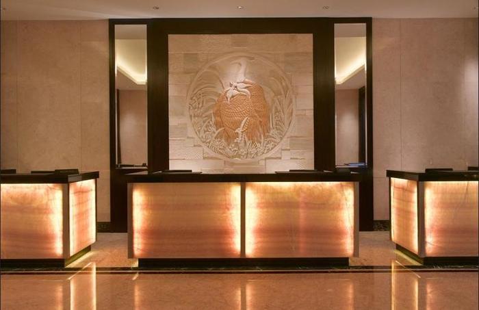 JW Marriott Medan - Lobby Sitting Area