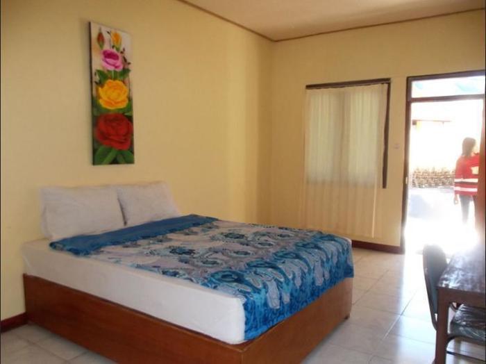FX 72 Hotel Ruteng Ruteng - Guestroom