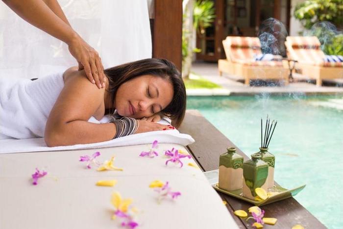 Villa Seriska Satu Sanur Bali - Massage