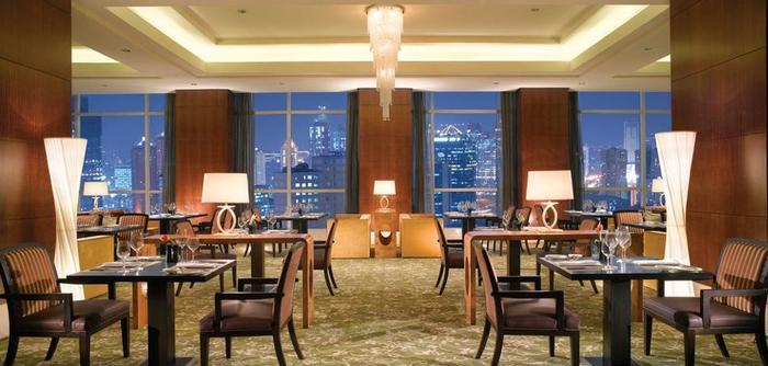 The Ritz-Carlton Pacific Place - Restaurant