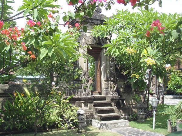 Nipuri Hotel Bali -