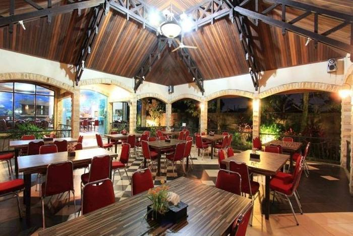 Dangau Hotel  Pontianak - Restoran