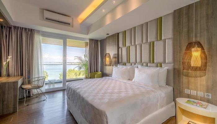 The Crystal Luxury Bay Resort Nusa Dua - Bali Bali - bedroom - Deluxe Room Double