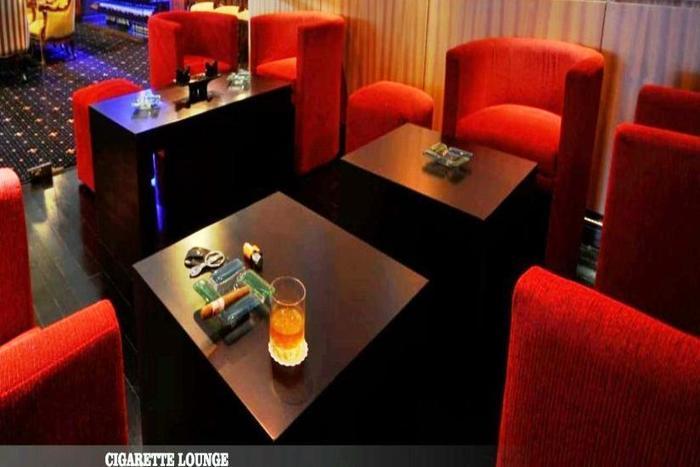 Hotel Bumi Senyiur Samarinda - Ruang Merokok