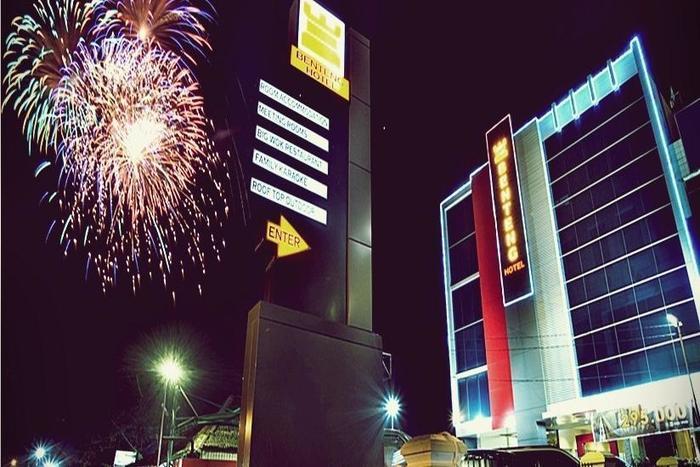 Hotel Benteng Pekanbaru - Tampilan Luar Hotel