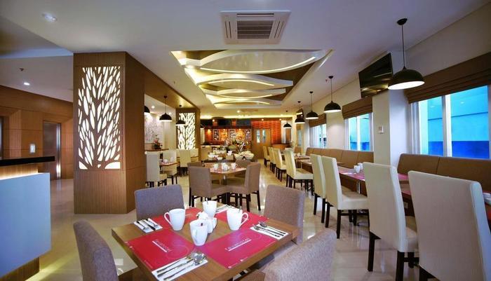 fave hotel Panakkukang - Restoran