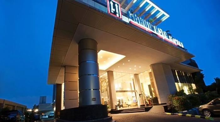 Grand Asia Hotel Jakarta - Tampilan Luar Hotel