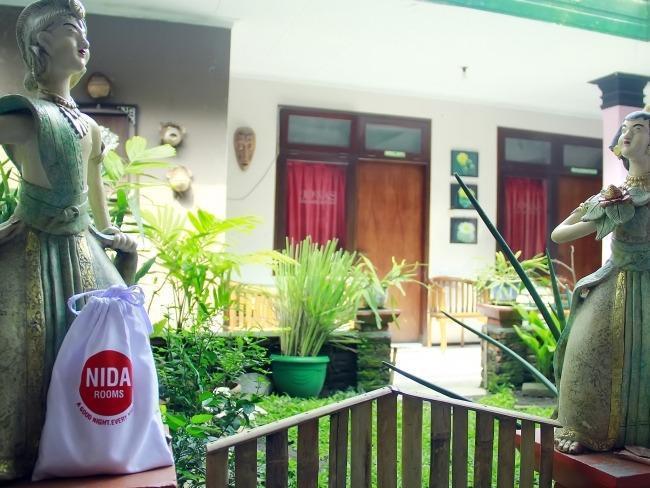 NIDA Rooms Sutomo 4 Klojen - Pemandangan Area