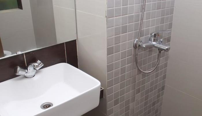 NIDA Rooms Kalipasir Central Palace - Kamar mandi