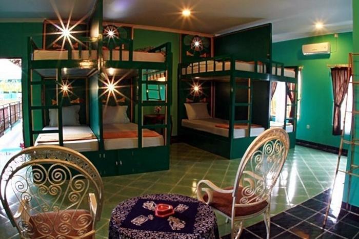 Hotel Rengganis Yogyakarta - Dormitory