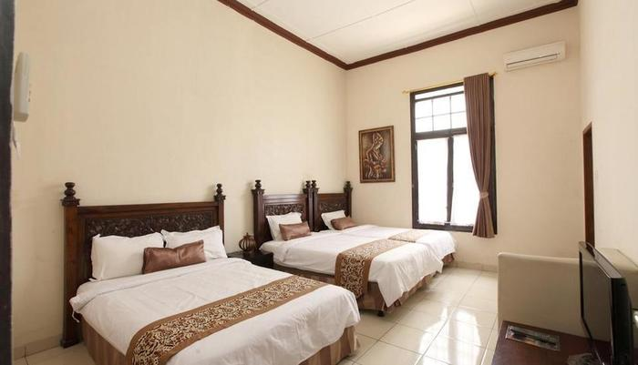 De Halimun Guest House Bandung - Family Room 4 Person