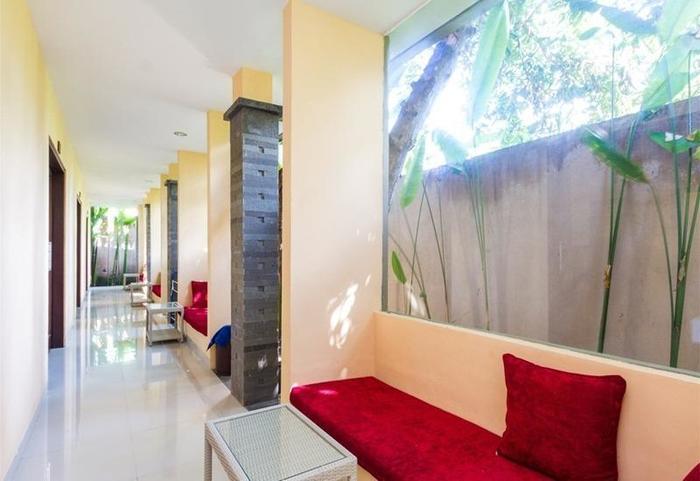 RedDoorz @Tirta Akasa Sanur Bali - Koridor