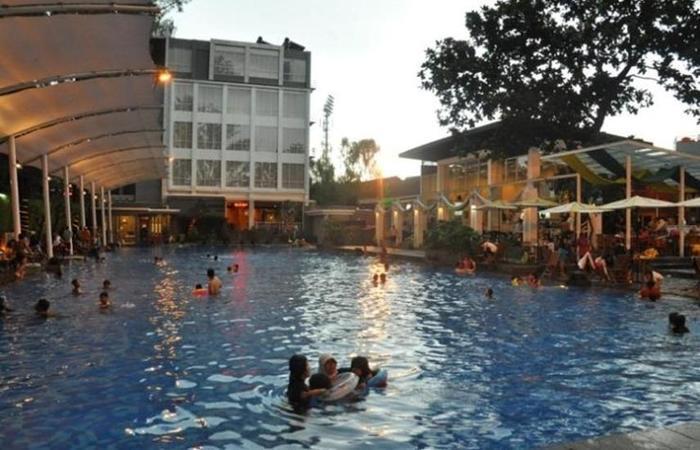 Oasis Siliwangi Sport Hotel Bandung - Kolam Renang