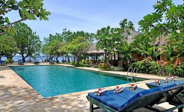 Taman Selini Beach Bungalow Bali - Kolam Renang