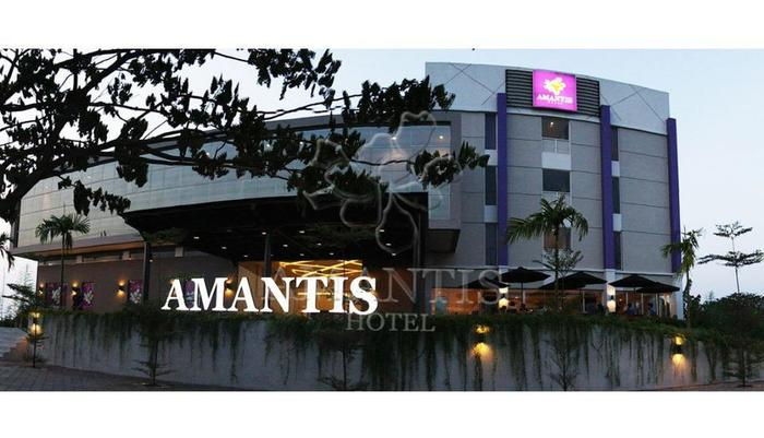 Hotel Amantis Demak - Tampilan Luar Hotel