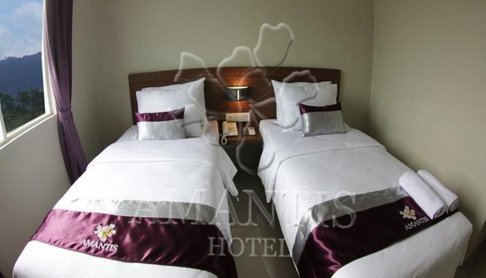 Hotel Amantis Demak - Twin Bed