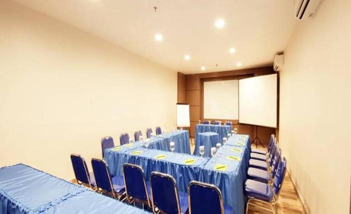 Genio Hotel Manado Manado - Ruang Rapat
