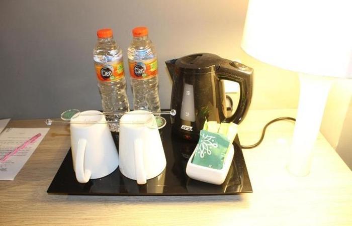 Pesonna Hotel Tegal Tegal - Pembuat kopi dan teh