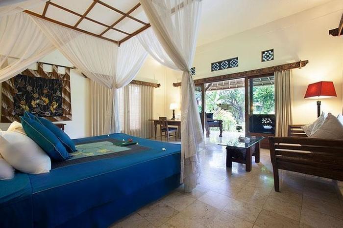 Taman Sari Bali Resort Bali - Family Suite (19/June/2014)