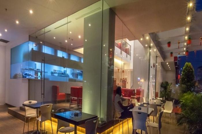 Redstar Hotel Jakarta - Restaurant