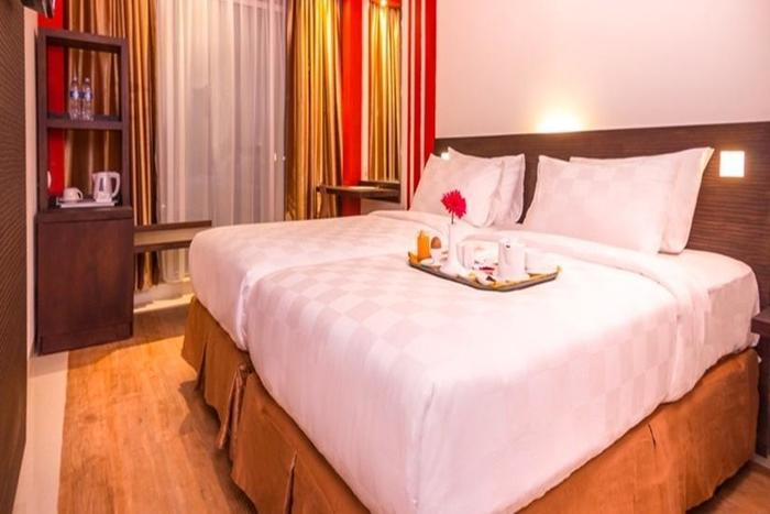 Redstar Hotel Jakarta - Deluxe Room With Front View