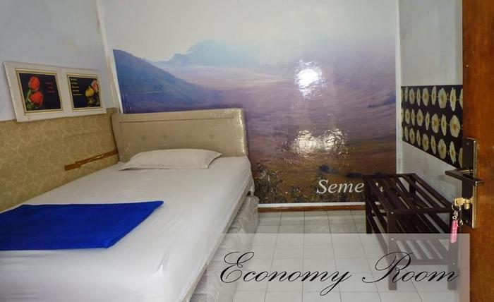 Jonas Homestay Malang - Kamar-kamar ekonomi