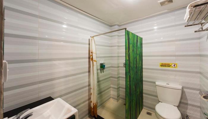 Sylvia Bali Suite Residence Bali - Kamar mandi