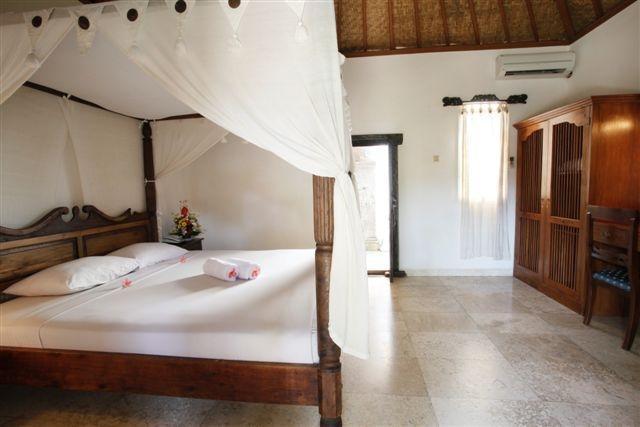 IDA Hotel Bali - Deluxe (28/Jan/2014)