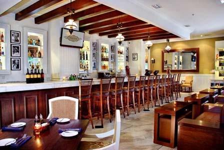 Aston Kuningan Suites Hotel Jakarta - Bar