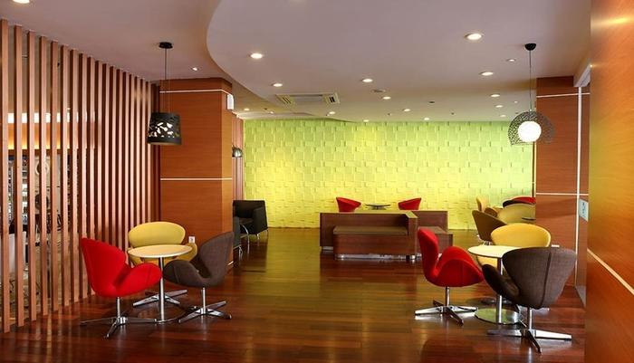 Citihub Hotel at Sudirman Surabaya - Lobby