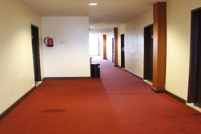 Stefani City Hotel   - Koridor