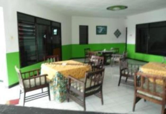 Lie Mas Hotel Pasuruan - Restoran