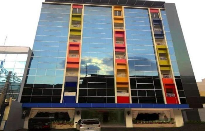 Grand Batik Inn Jakarta - Hotel Building