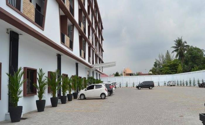 Grand Central Medan Medan - Area parkir
