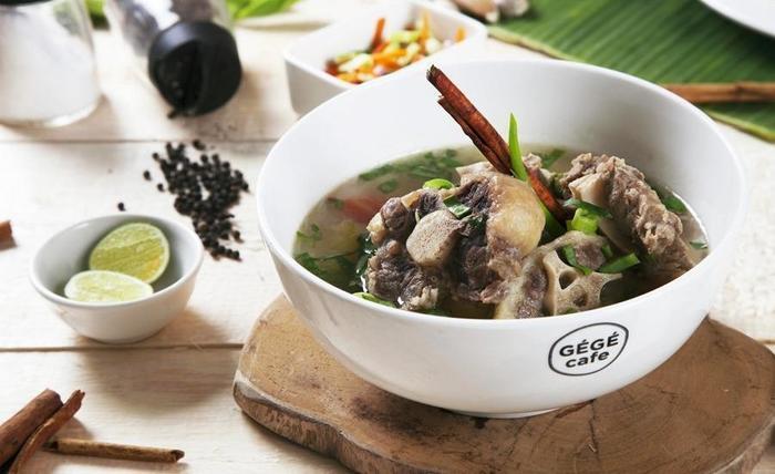Green Garden Resort Serang - Makanan dan minuman