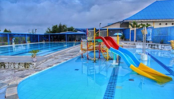 Simalungun City Hotel Siantar - Kolam Renang