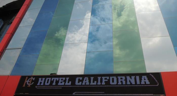 Hotel California Jakarta - Hotel Building