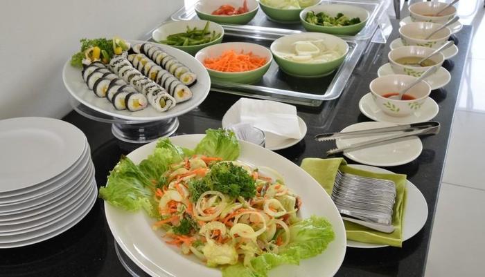 Whiz Prime Cifest Cikarang - Makan Pagi