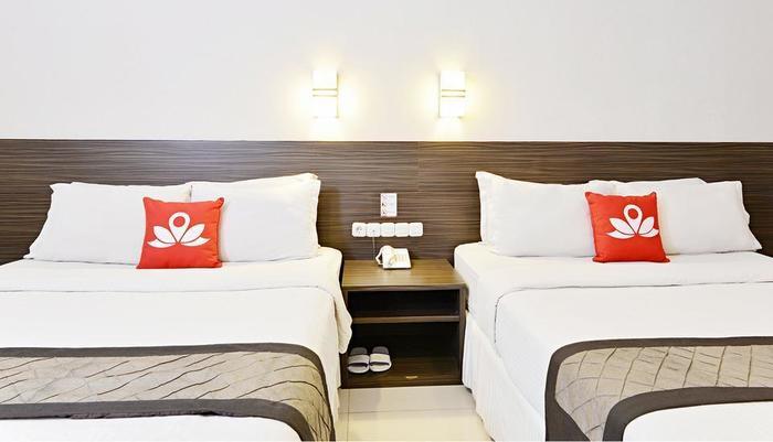 ZEN Premium Setrasari Bandung - Lihat tempat tidur Twin