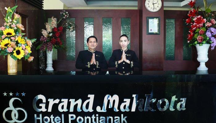 Grand Mahkota Hotel Pontianak - Lobby Front Office